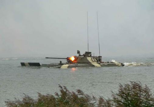 BMP-2 105_Swim