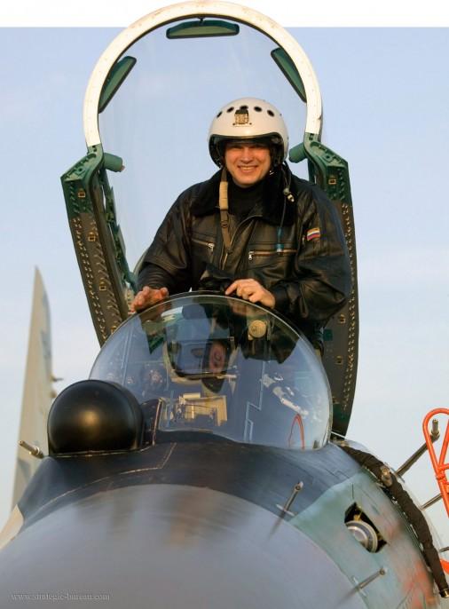 Su-35S_chasseur_Russie_002