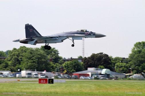 Su-35S_chasseur_Russie_010