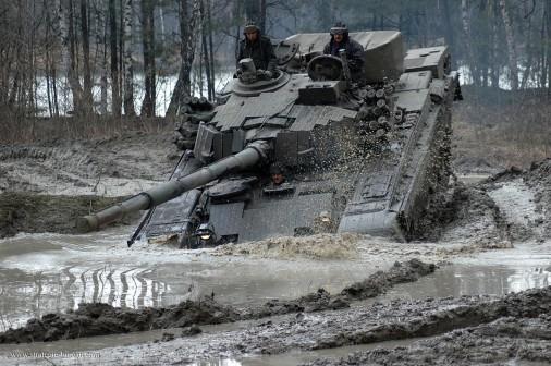 PT-91M_Twardy_char_Pologne_013