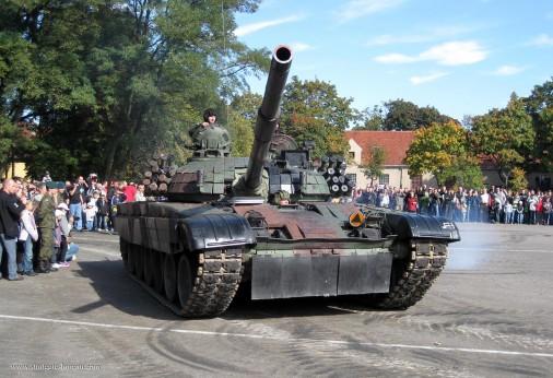 PT-91_Twardy_char_Pologne_001