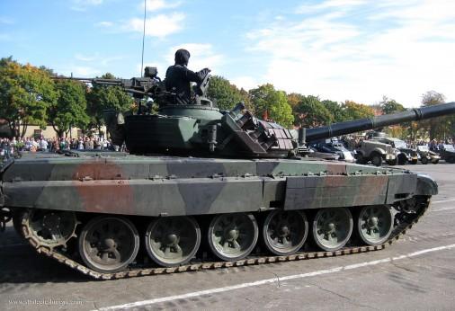 PT-91_Twardy_char_Pologne_002