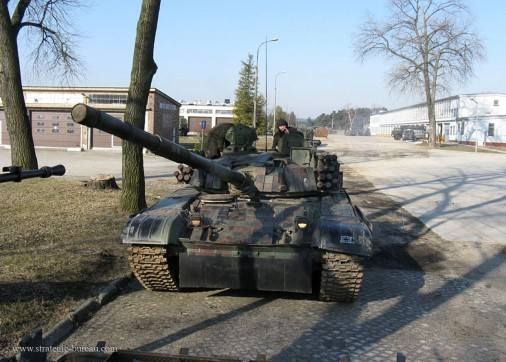 PT-91_Twardy_char_Pologne_007