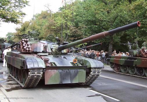 PT-91_Twardy_char_Pologne_009