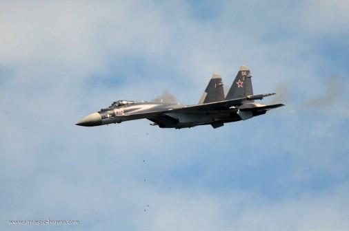 Su-35S attack 003