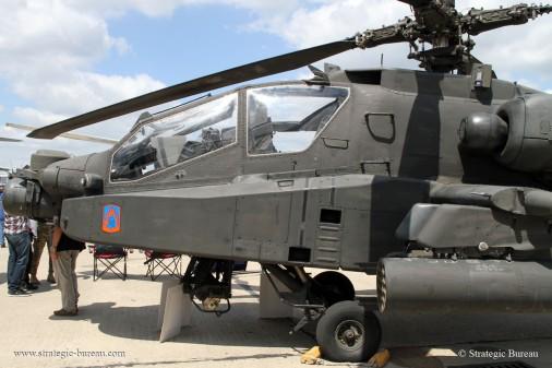 AH-64 Apache A001