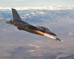 F-16 fires Maverick_001