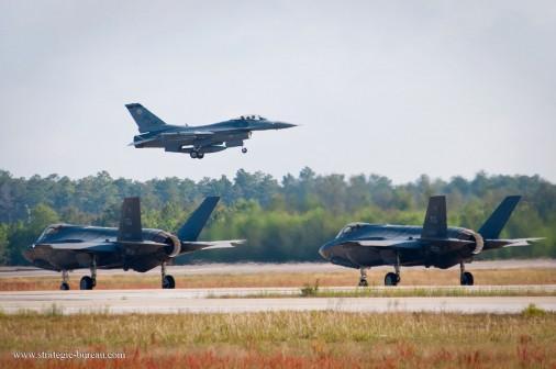 F-35 F-16 009