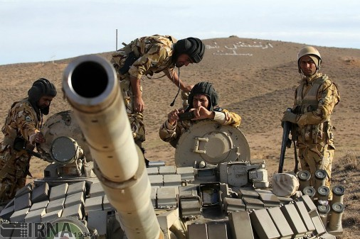 T-72S1_char_Iran_A101_exercice