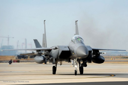 F-15 002