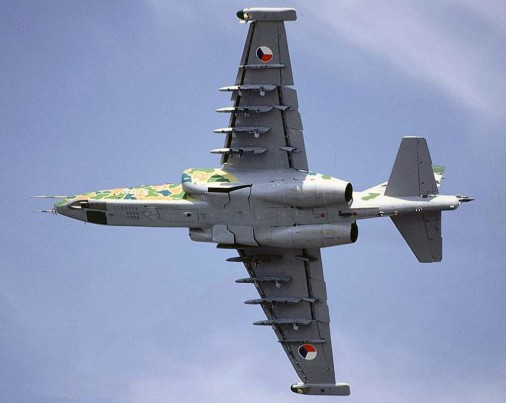 Su-25 012
