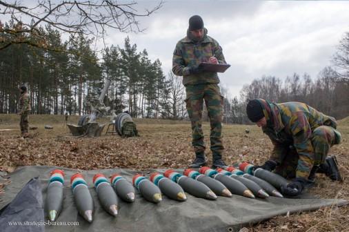 Mortier 120mm Belgue A003