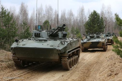 BMD-4M_vbci_para_Russie_001