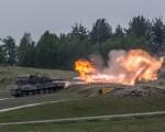 Leopard 2A5 Challenge tir