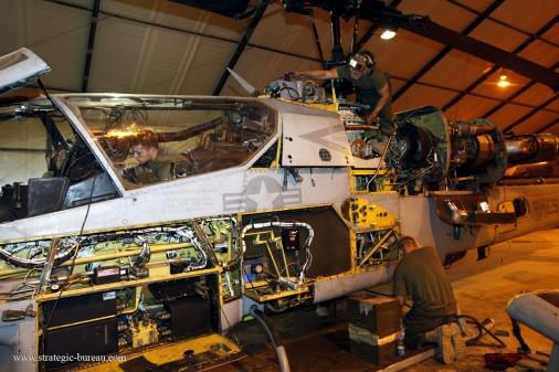 AH-1W Super Cobra 007