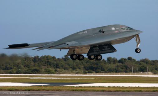 B-2_Spirit_Bombardier_USA_002
