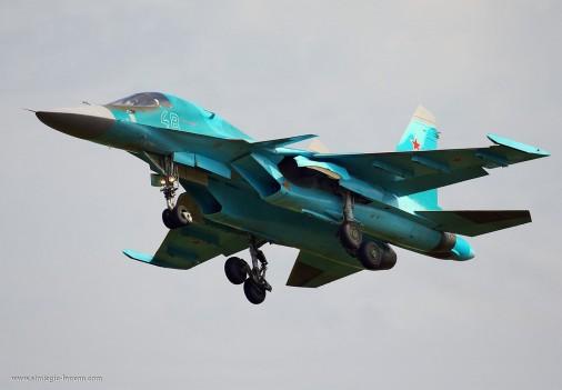 Su-34_bombardier_Russie_010