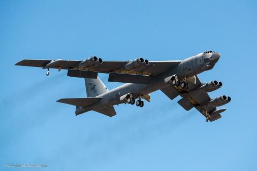 B-52_bombardier_USA_001