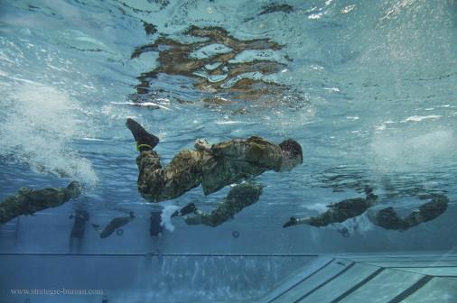 USAF-exercice-natation