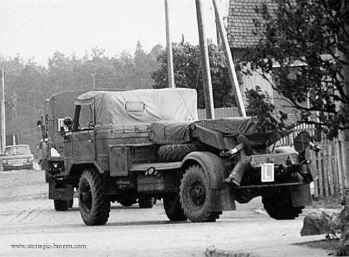 BM-21V_Grad-V_lrm_Russie_004