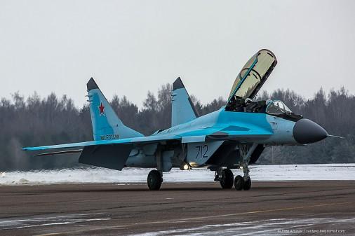 MiG-35-009
