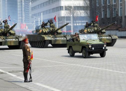 Coree-Nord-parad-006