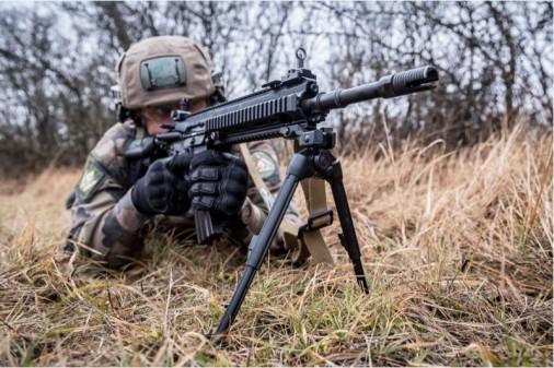 HK416-F-000