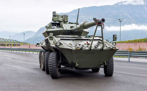 Centauro2_char-leger_Italie_003