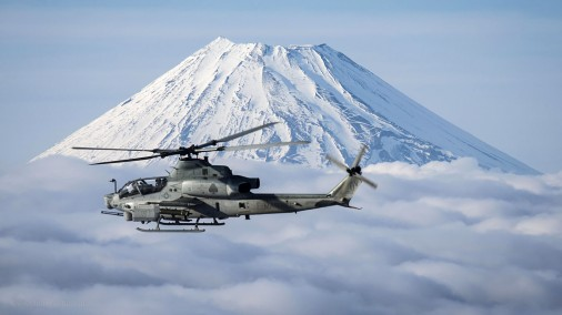 AH-1Z-Viper-helico-USA-003