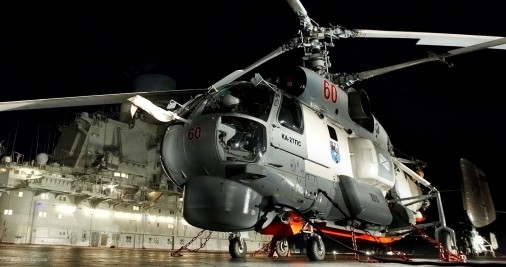 Ka-27-helicoptere-Russie-003-nuit