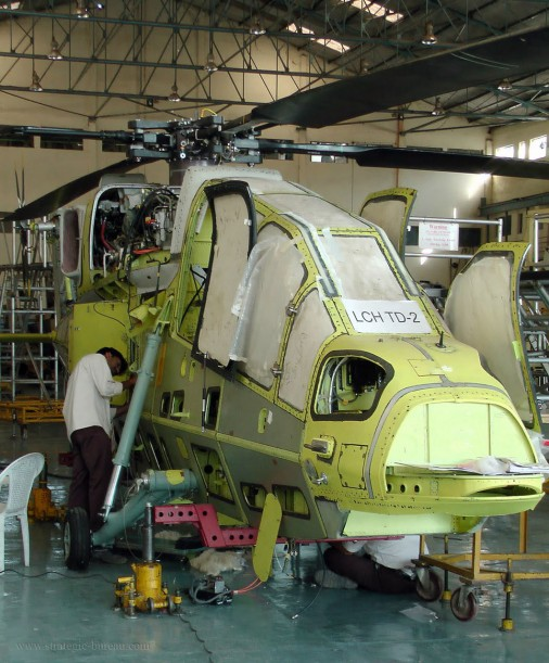 LCH-helicoptere-Inde-002