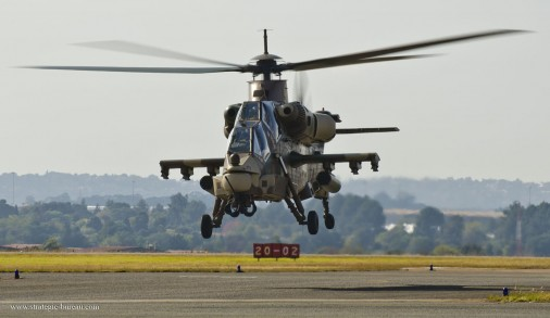 Rooivalk-helicoptere-Afrique-Sud-001