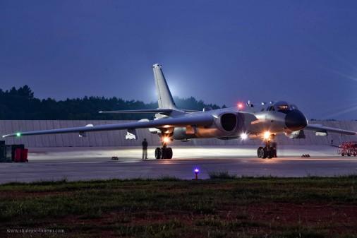 H-6K_bombardier_Chine_006