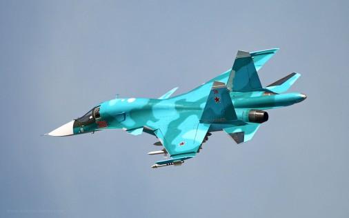 Su-34_bombardier_Russie_003