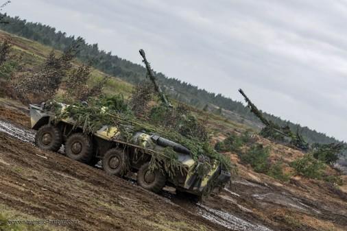 T0403_BTR-80_vbtt_Russie_Zapad-2017