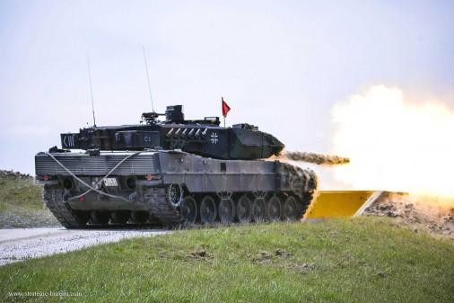 T0505_Leopard-2A5-char