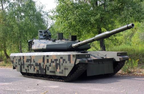 PT-16_Twardy_char_Pologne_001