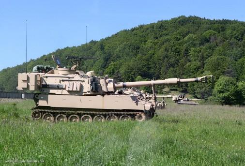 T0710_M109A6Paladin_artillerie_USA