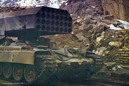 TOS-1_lrm_Russie_003_Afganistan