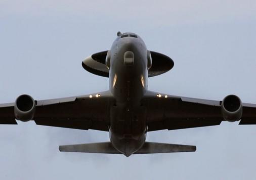 E-3F_avion_awacs_USA_France_000A