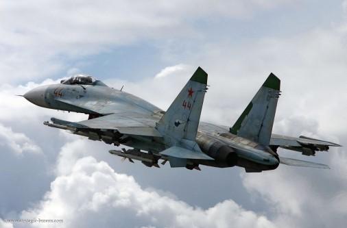 T0802_chasseurs_USA-Russie_Su-27