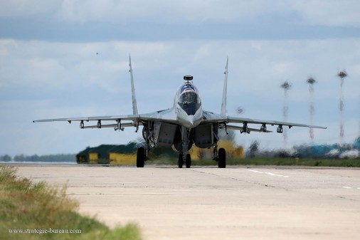 T0808_chasseurs_USA-Russie_MiG-29