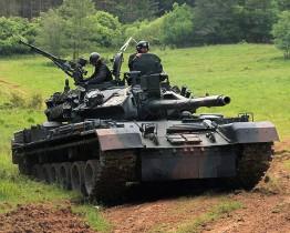 TR-85M1_char_Roumanie_000A