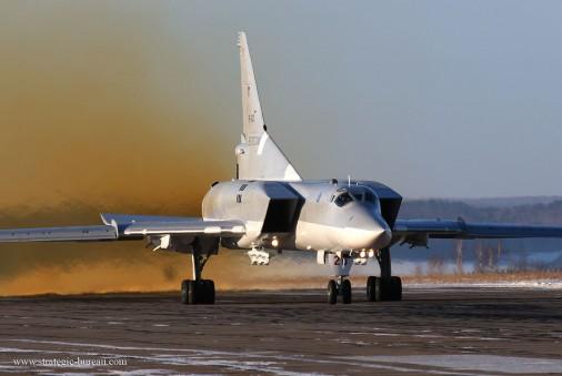 Tu-22_bombardier_Russie_002