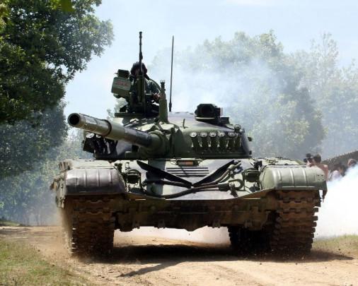 T-84_char_Serbie_000A