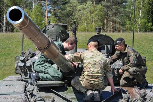 T-84_char_Serbie_003