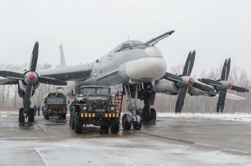 Tu-95_bombardier_Russie_A106_hiver