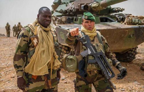 AMX-10RCR_char-leger_France_010_Legion_1REC