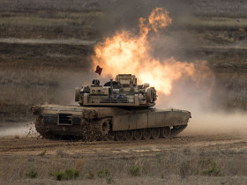 M1A1_Abrams_char_USA_A300_tir