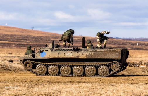 T1006_chars_VBC_Russie_MTLB